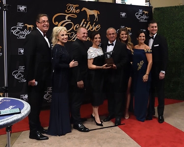 Hronis Racing and John Sadler accept the Eclipse Award for owner of the year  credit Leslie Martin2