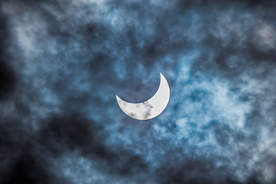 Partial Solar Eclipse in Cloud #2 (Oct 23, 2014)