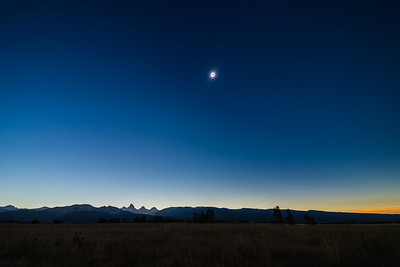 Eclipse over the Tetons - Totality Starts