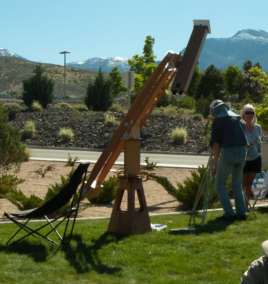 Every sort of astronomical and eclipse viewing device was in attendance, like these astro-binos on a counterweighted stand.