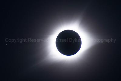 Full Corona at Solar Eclipse
