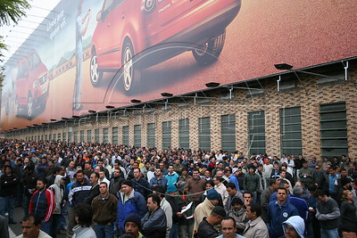 Union workers at the São Bernardo do Campo Volkswagen factory assemble between shifts, Sept 4, 2006. The workers voted to end the week-long stike after VW agreed to suspend plans for job cuts. The union called the strike after VW announced 1,800 layoffs as part of a plan to cut about 6,000 jobs in Brazil. About 12,000 people are employed by VW at the plant, also known as Anchieta, which makes 960 vehicles a day including the Fox and the iconic VW Kombi. The German firm employs 21,000 people in Brazil overall at five plants. (Douglas Engle/Australfoto) The German firm employs 21,000 people in Brazil overall at five plants. (Douglas Engle/Australfoto)