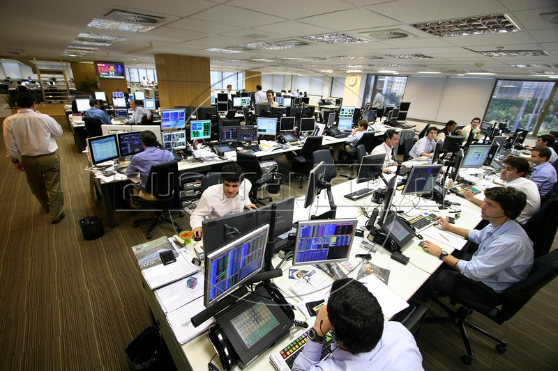 International stock market brokers