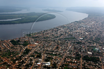 The town of Altamira, on the  Xingu (pronounced Shin-GOO) River in the Brazilian Amazonian state of Para, near the site where the controvesial Belo Monte Hydroelectric station is under construction. (Australfoto/Douglas Engle)