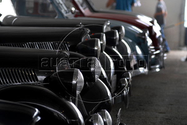 Many models of Citroen 11cv and 2cv are displayed at Forte de Copacabana (Copacabana Fort) in Copacabana beach, during a annual exhibition of the Veteran Car Club do Brasil, Rio de Janeiro, Brazil, Set. 6, 2009. About 200 old cars participate at this annual meeting. (AustralFoto/Renzo Gostoli)