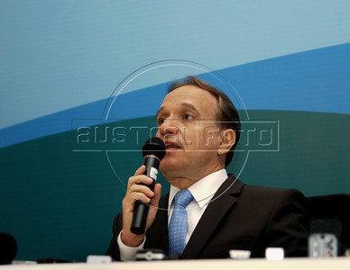 Murilo Ferreira, incoming chief executive officer of Vale SA, the world's largest iron-ore producer, speaks to journalists during a press conference, Rio de Janeiro, Brazil, May 20, 2011. (Austral Foto/Renzo Gostoli)