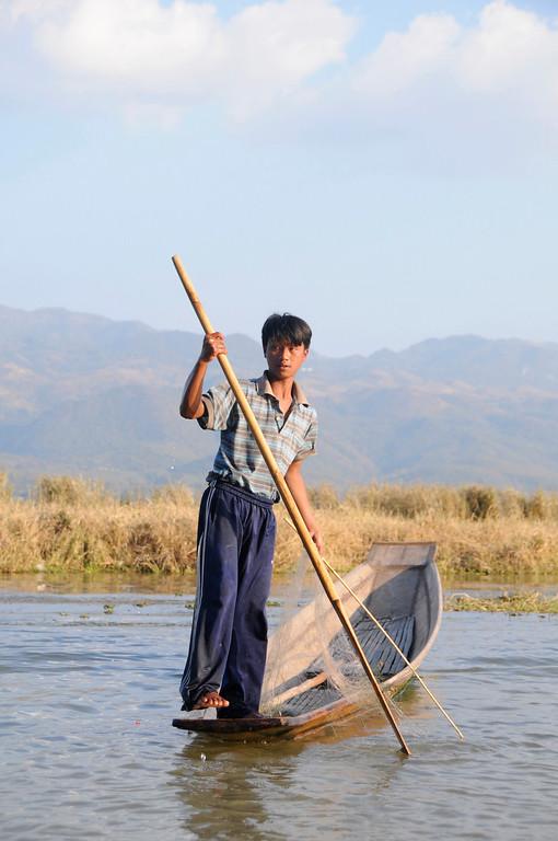Inle Lake Area, Shan State, Myanmar (Burma), Southeast Asia 1/ 750s, at f/6.7    E.Comp:0    56mm    WB: AUTO 0.    ISO: 400    Tone:     Sharp:     Camera: NIKON D300on: 2009:01:13 16:22:15