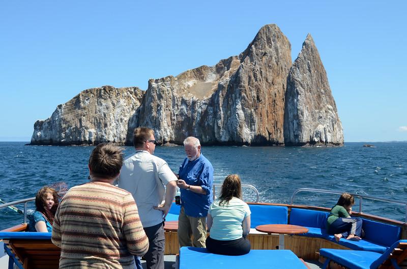Cruising on the Beluga near León Dormido Islands