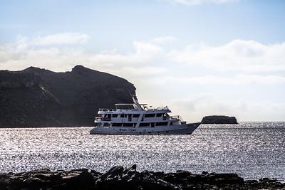 Sullivan Bay/ Santiago Island