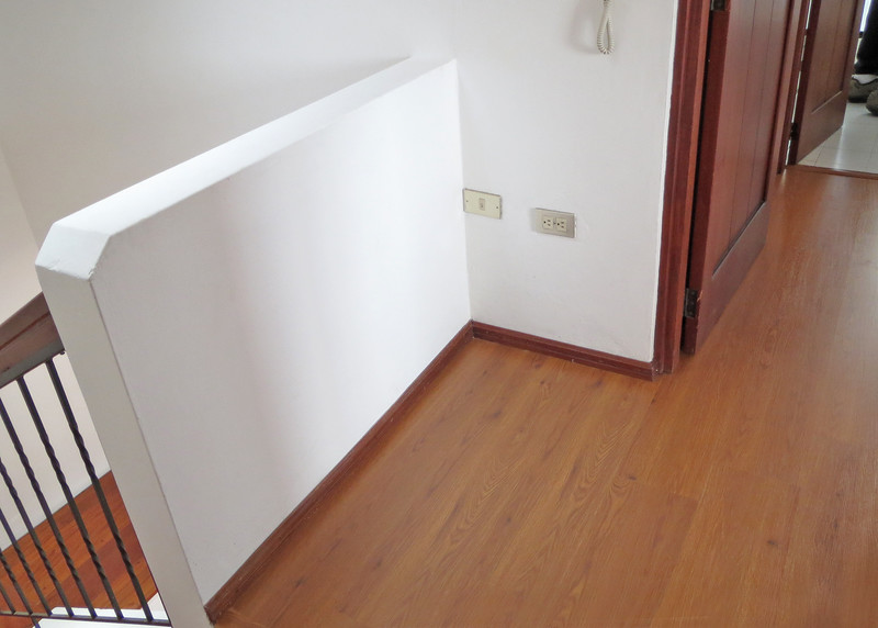 1/15/15 - This is the landing going from the bedrooms to the main floor.