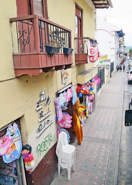 We took a bus tour of Cuenca today.    Street in El Centro.