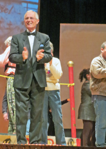 8/31/15 - This is our friend, Bob Fry, who was in the play The Red Horse. It was fun to join the audience in our first play in Ecuador.