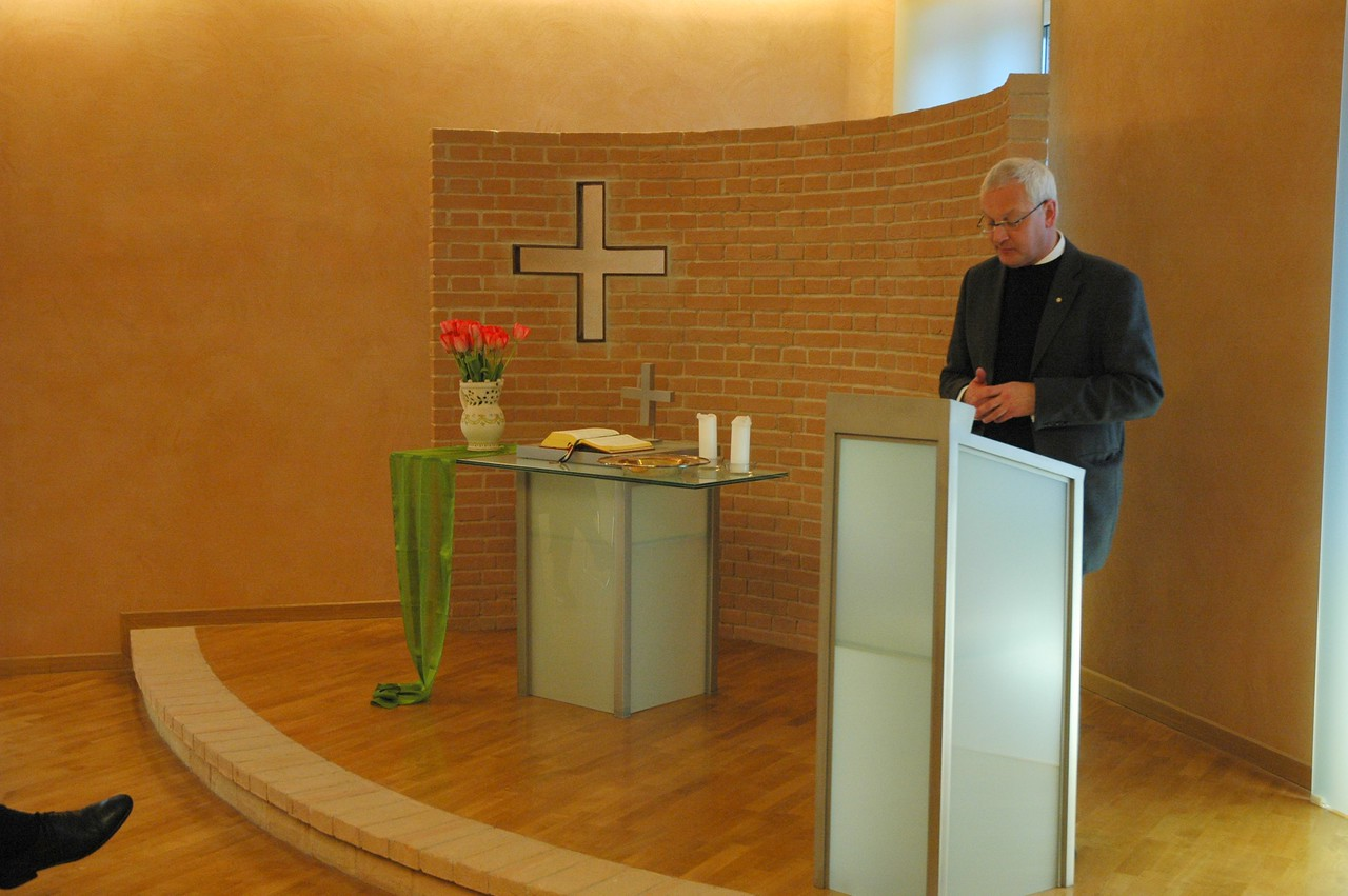 Dean Holger Milkau, Evangelical Lutheran Church in Italy, spoke to the ELCA delegation in Rome Feb. 10.