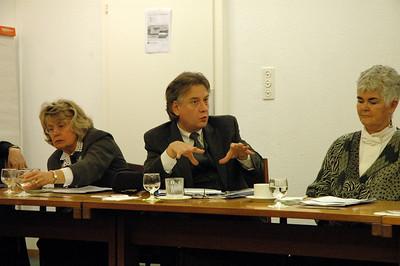 Dr. Rocky Piro, Seattle, president, Lutheran Ecuemnical Representatives Network, asks a question Feb. 15 in Geneva.