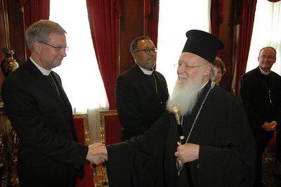 Bishop Rob Hofstad, ELCA Southwestern Washington Synod, greets Ecumenical Patriarch Bartholomew I during a meeting in Istanbul Feb. 8.