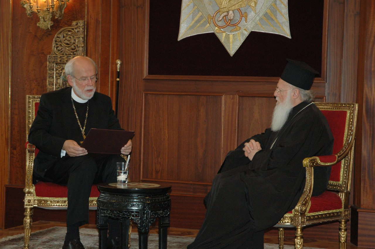 ELCA Presiding Bishop and LWF President Mark Hanson, left, reads a prepared statement to the Ecumenical Patriarch Bartholomew I during a Feb. 8 meeting in Istanbul with ELCA clergy and lay leaders.