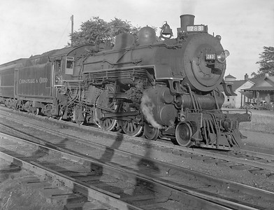 2018.15.N85.6378M--ed wilkommen 3x4 neg--C&O--steam locomotive 4-4-2 283--location unknown--no date