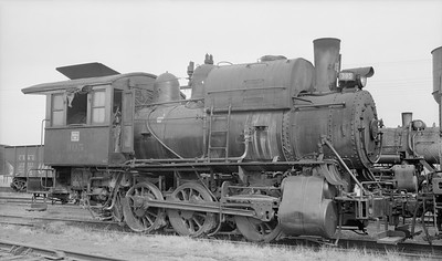 2018.15.N69.5451M--ed wilkommen 116 neg--CB&Q--steam locomotive 0-6-0T 305--location unknown--no date