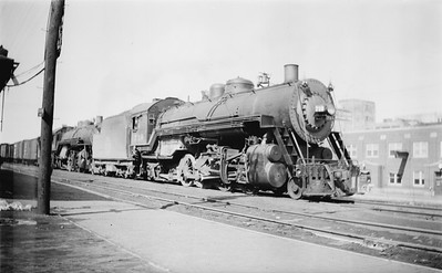 2018.15.N67A.3584--ed wilkommen 116 neg--CGW--steam locomotive 2-8-2 719--South St Paul MN--1944 0402