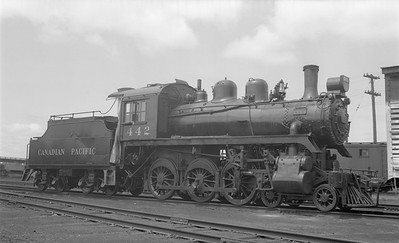 2018.15.N83.6332--ed wilkommen 116 neg--CP--steam locomotive 4-6-0 D4G 442 (dead)--Brandon MB--1953 0605
