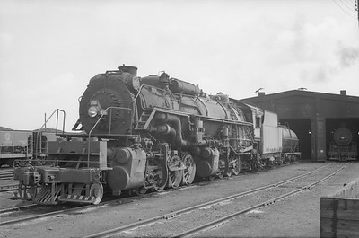 2018.15.N76.6018A--ed wilkommen 6x9 neg--DM&IR--steam locomotive 2-8-8-2 M2S 211--location unknown--no date