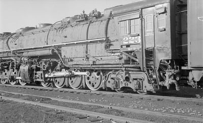 2018.15.N61B.2021--ed wilkommen 116 neg--DM&IR--steam locomotive M3 2-8-8-4 223 detail--location unknown--no date