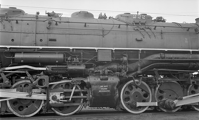 2018.15.N61B.2023--ed wilkommen 116 neg--DM&IR--steam locomotive M3 2-8-8-4 222 detail--location unknown--no date