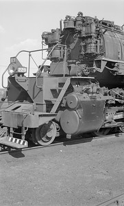 2018.15.N61B.2027--ed wilkommen 116 neg--DM&IR--steam locomotive M4 2-8-8-4 229 detail--location unknown--no date