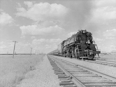 2018.15.N76.7905--ed wilkommen 3X4 neg--DM&IR--steam locomotive 2-8-8-4 M3 222 on train of ore loads--location unknown--1960 0700