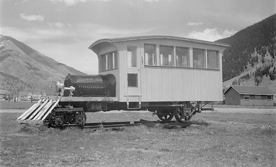 2018.15.N49K.5945--ed wilkommen 116 neg--Silverton RR--motorcar on display--no date