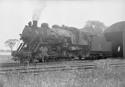 2018.15.N64.2545--ed wilkommen 6x7 neg--A&W--steam locomotive 2-8-0 261 at enginehouse--Sturgeon Bay WI--1950 0900