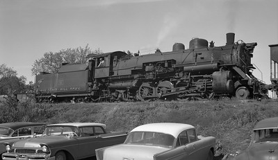 2018.15.N64.2555C--ed wilkommen 116 neg--Bevier & Southern--steam locomotive 2-8-2 4943 (leased from CB&Q) switching mine--Binkley MO--no date