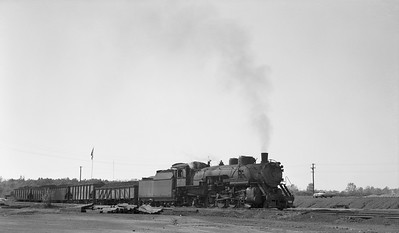 2018.15.N64.2555I--ed wilkommen 116 neg--Bevier & Southern--steam locomotive 2-8-2 4943 (leased from CB&Q) delivering loads--Bevier MO--no date