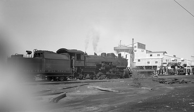 2018.15.N64.2555B--ed wilkommen 116 neg--Bevier & Southern--steam locomotive 2-8-2 4943 (leased from CB&Q) switching mine--Binkley MO--no date