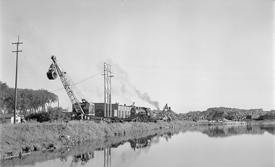 2018.15.N64.2587--ed wilkommen 116 neg--Consolidated Water Power & Paper--yard scene with steam locomotive 2-8-0 350 and crane--Wisconsin Rapids WI--no date
