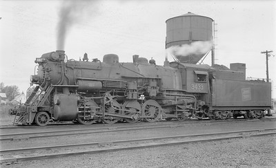 2018 15 N64 2670--ed wilkommen 116 neg--Duluth Winnipeg & Pacific--steam locomotive 2-8-0 3433--Virginia MN--1954 0904