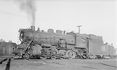 2018.15.N64.2663--ed wilkommen 116 neg--Duluth Winnipeg & Pacific--steam locomotive 2-8-0 2458--Virginia MN--1956 1008