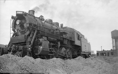 2018.15.N64.2662--ed wilkommen 116 neg--Duluth Winnipeg & Pacific--steam locomotive 2-8-0 2457--Wst Duluth MN--1947 0531