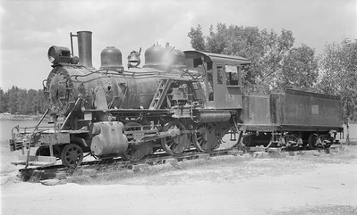 2018.15.N64.2805--ed wilkommen 116 neg--MT&W--steam locomotive 2-6-0 19 on display in park--Tomahawk WI--1961 0700