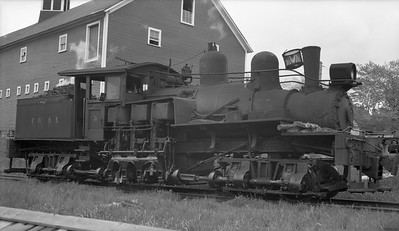 2018.15.N64L.8217--ed wilkommen 116 neg [Harold VanHorn]--East Branch & Lincoln--Shay steam locomotive 5--Lincoln NH--1947 0531