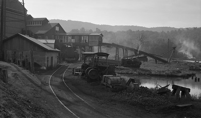 2018.15.N64L.8131--ed wilkommen 116 neg--sawmill and tracks scene--location unknown--no date