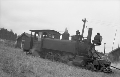 2018.15.N64.2556Y--ed wilkommen 6x9 neg--Caspar South Fork & Eastern--steam locomotive 2-6-2T 3--Caspar CA--1948 0627