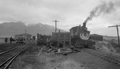 2018.15.N64.2937A--ed wilkommen 116 neg--San Luis Valley Southern--steam locomotive 2-8-0 106 yard scene--Blanca CO--1954 0528