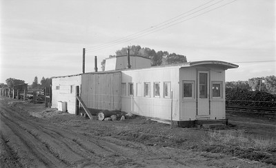 2018.15.N64.2940--ed wilkommen 116 neg--San Luis Central--caboose office scene--Monte Vista CO--1954 0328