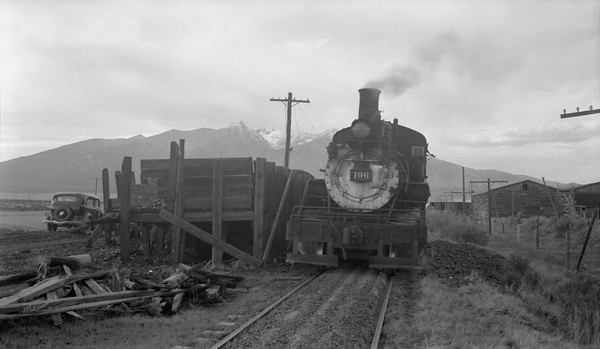 2018.15.N64.2937B--ed wilkommen 116 neg--San Luis Valley Southern--steam locomotive 2-8-0 106 scene--Blanca CO--1954 0528
