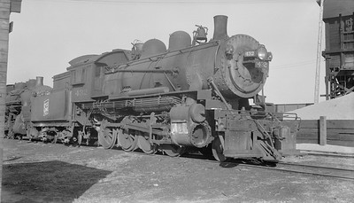 2018.15.N92.7022--ed wilkommen 116 neg--SOO--steam locomotive 2-8-0 F-8 432 (dead)--North Fond du Lac WI--no date