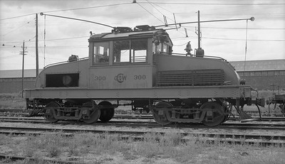 2018.15.N99G.2572A--ed wilkommen 116 neg--Charles City Western--electric locomotive 300--Charles City IA--no date