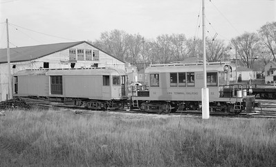 2018.15.N64.2748--ed wilkommen 116 neg--Iowa Terminal--yard scene with electric locomotives and freight motor--Charles City IA--no date