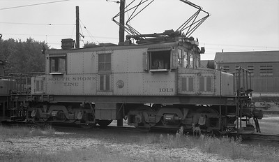 2018.15.N64.2968A--ed wilkommen 116 neg--CSS&SB--electric locomotive 1013--Michigan City IN--no date