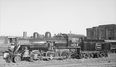 2018.15.N95B.7205--ed wilkommen 116 neg [Edward R Batson Jr]--B&M--steam locomotive 2-6-0 B-15-c 1484--North Billerica MA--1952 0400